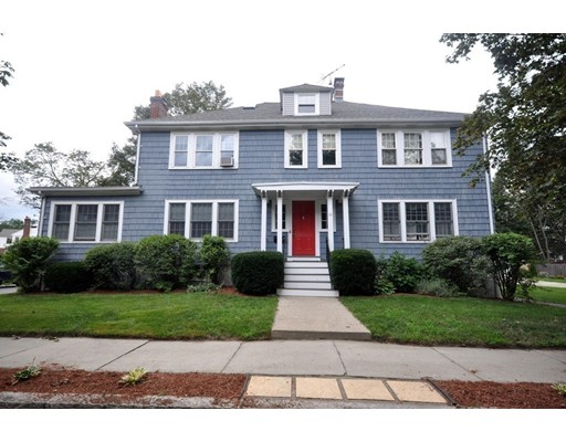 共管式独立产权公寓 为 销售 在 33 Newman Way 阿灵顿, 马萨诸塞州 02476 美国