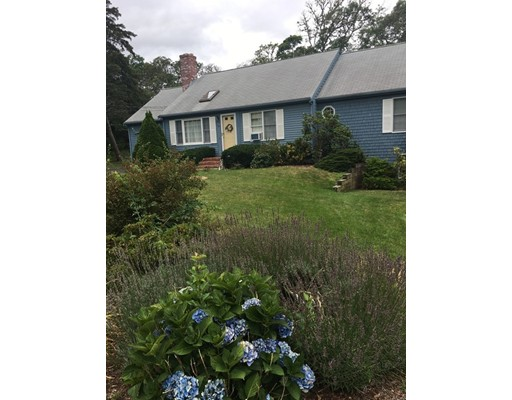 Additional photo for property listing at 8 Marshview Road  Harwich, Massachusetts 02645 États-Unis