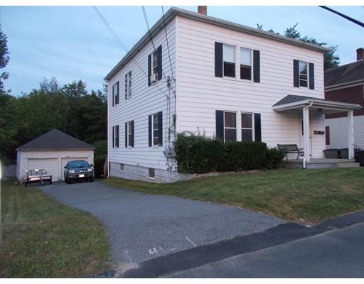 متعددة للعائلات الرئيسية للـ Sale في 126 Mechanic Gardner, Massachusetts 01440 United States