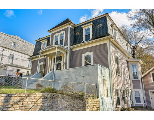 Casa Unifamiliar por un Venta en 11 Hill Street 11 Hill Street Watertown, Massachusetts 02472 Estados Unidos
