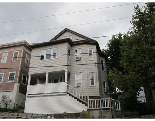 Maison avec plusieurs logements pour l Vente à 71 Grove Street Chelsea, Massachusetts 02150 États-Unis