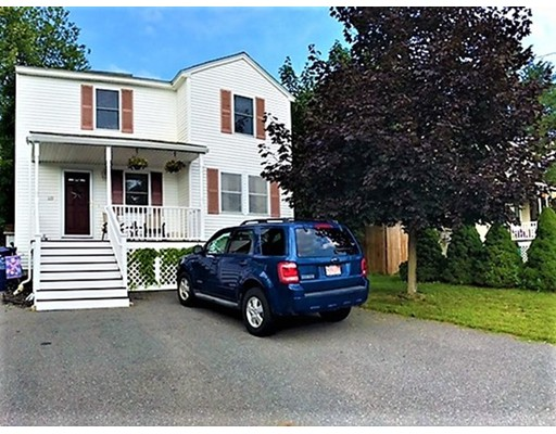 Casa Unifamiliar por un Venta en 119 Valley Road Dracut, Massachusetts 01826 Estados Unidos