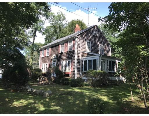 واحد منزل الأسرة للـ Sale في 511 Palmer Avenue Falmouth, Massachusetts 02540 United States