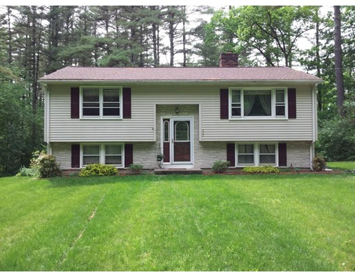 Casa Unifamiliar por un Venta en 522 Michael Sears Road Belchertown, Massachusetts 01007 Estados Unidos