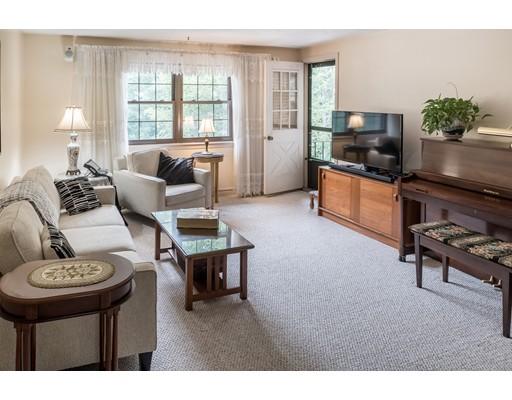 Appartement en copropriété pour l Vente à 90 Neponset Street Canton, Massachusetts 02021 États-Unis