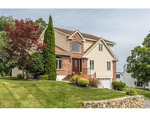 واحد منزل الأسرة للـ Sale في 5 Valley View Farm Road Haverhill, Massachusetts 01835 United States