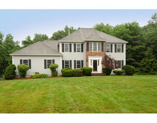 Частный односемейный дом для того Продажа на 64 Streetewart Street Franklin, Массачусетс 02038 Соединенные Штаты