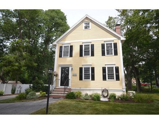 Частный односемейный дом для того Продажа на 38 Rocky Hill Road Amesbury, Массачусетс 01913 Соединенные Штаты