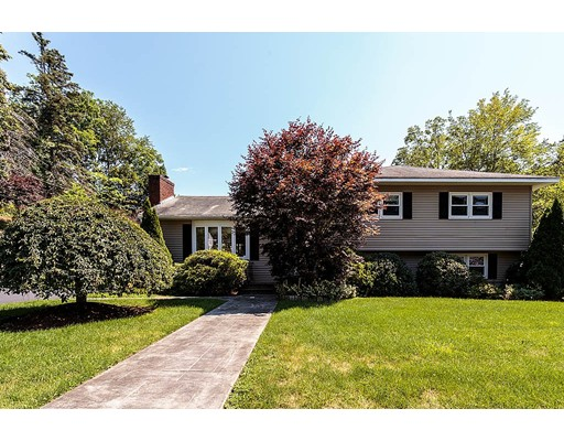 Single Family Home for Sale at 10 Sheridan Street Woburn, Massachusetts 01801 United States