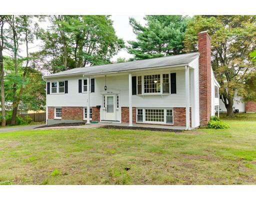 Частный односемейный дом для того Продажа на 34 Cherry Road Framingham, Массачусетс 01701 Соединенные Штаты