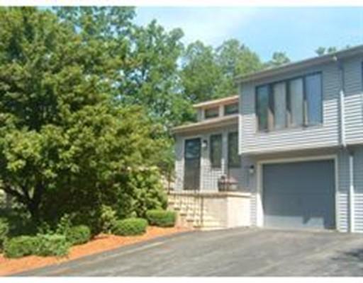 Appartement en copropriété pour l Vente à 26 Nottingham Road Grafton, Massachusetts 01519 États-Unis