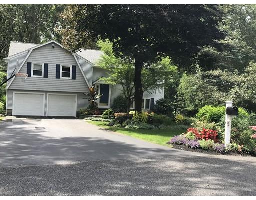 Single Family Home for Sale at 8 Blueberry Circle Framingham, Massachusetts 01701 United States