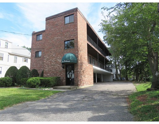 共管式独立产权公寓 为 销售 在 1 Belknap Street 阿灵顿, 马萨诸塞州 02474 美国