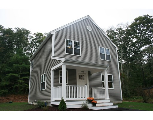 193 Bartlett Rd, Plymouth, MA 02360