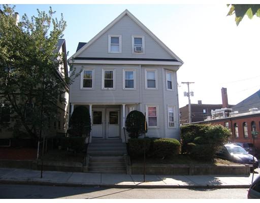 多户住宅 为 销售 在 9 Gledhill Avenue Everett, 马萨诸塞州 02149 美国
