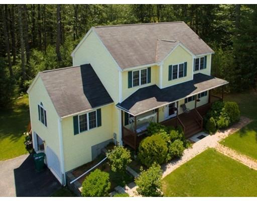 Частный односемейный дом для того Продажа на 66 Stonehedge Road Franklin, Массачусетс 02038 Соединенные Штаты
