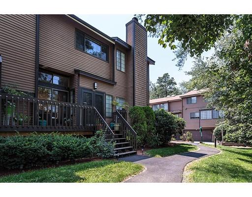 Condominio por un Venta en 255 North Road Chelmsford, Massachusetts 01824 Estados Unidos