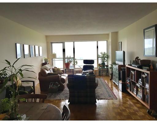 独户住宅 为 出租 在 111 Perkins 波士顿, 马萨诸塞州 02130 美国