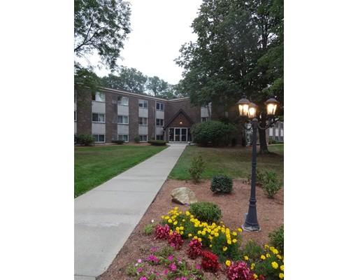 Appartement en copropriété pour l Vente à 9 Weld Street Framingham, Massachusetts 01702 États-Unis
