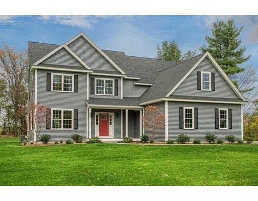 واحد منزل الأسرة للـ Sale في 184 Gates Pond Road Berlin, Massachusetts 01503 United States