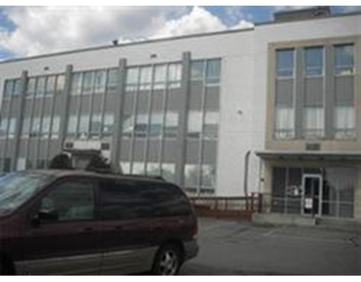 Commercial for Rent at 319 LYNNWAY 319 LYNNWAY Lynn, Massachusetts 01901 United States