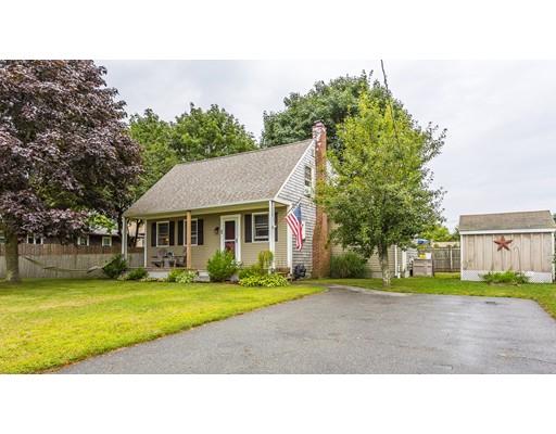 Частный односемейный дом для того Продажа на 1 WILLOW STREET Dartmouth, Массачусетс 02747 Соединенные Штаты
