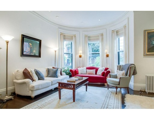 Casa Unifamiliar por un Alquiler en 224 Marlborough Street Boston, Massachusetts 02116 Estados Unidos