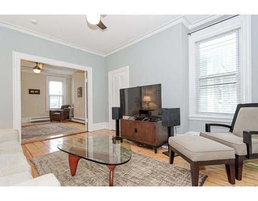 公寓 为 出租 在 133 Otis Street 133 Otis Street 坎布里奇, 马萨诸塞州 02138 美国