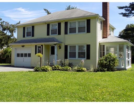واحد منزل الأسرة للـ Sale في 209 Cooper Street Agawam, Massachusetts 01001 United States