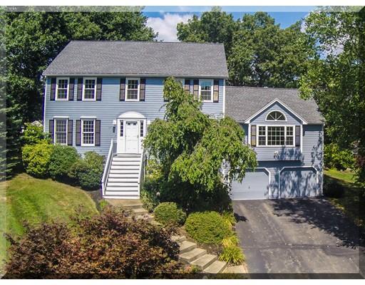 Maison unifamiliale pour l Vente à 15 Pauline Drive Andover, Massachusetts 01810 États-Unis