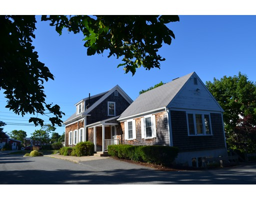 251 South St, Barnstable, MA 02601