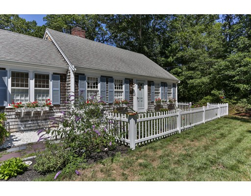 Single Family Home for Sale at 578 Bumps River Road Barnstable, Massachusetts 02655 United States