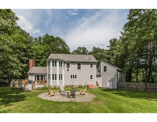 Single Family Home for Sale at 419 Old Garrison Road Dover, New Hampshire 03820 United States