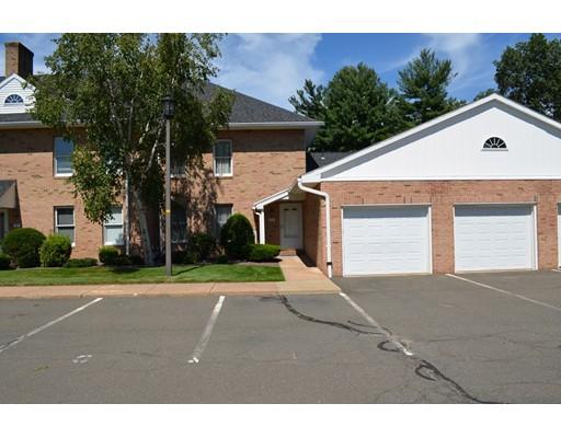 Condominio por un Venta en 7 Castle Hills Road Agawam, Massachusetts 01001 Estados Unidos