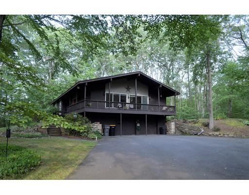 Maison unifamiliale pour l Vente à 132 Parker Road Framingham, Massachusetts 01702 États-Unis