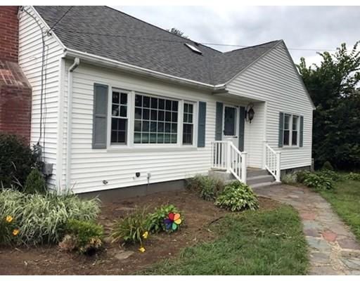 Maison unifamiliale pour l Vente à 346 Kibbe Road East Longmeadow, Massachusetts 01028 États-Unis