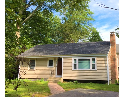 Single Family Home for Rent at 409 Dedham Avenue Needham, 02492 United States