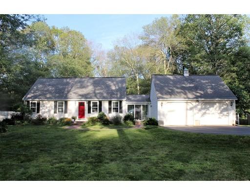 واحد منزل الأسرة للـ Sale في 245 Center Street Bellingham, Massachusetts 02019 United States