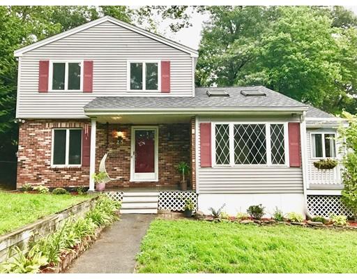 Maison unifamiliale pour l Vente à 25 Pinckney Street Dracut, Massachusetts 01826 États-Unis