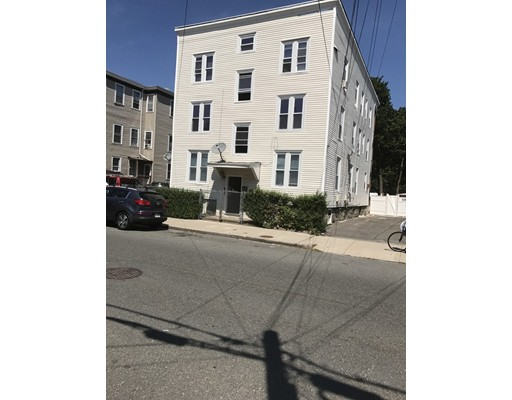 Casa Unifamiliar por un Alquiler en 16 Shepard Lynn, Massachusetts 01902 Estados Unidos