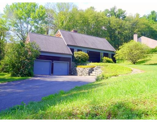 Casa Unifamiliar por un Venta en 15 Country Corners Road Amherst, Massachusetts 01002 Estados Unidos