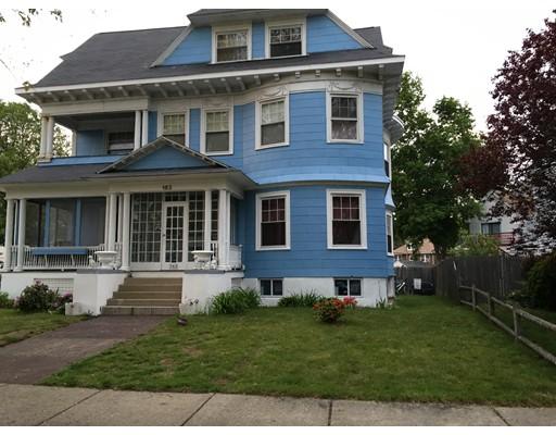 独户住宅 为 销售 在 163 Lawrence Street 163 Lawrence Street 莫尔登, 马萨诸塞州 02148 美国