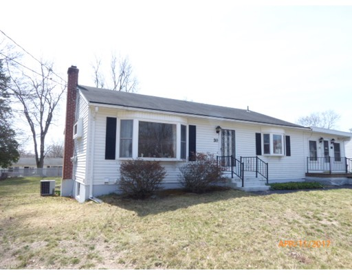 Casa Unifamiliar por un Venta en 30 DOUGLAS Road Enfield, Connecticut 06082 Estados Unidos