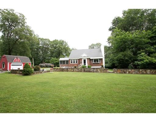 Maison unifamiliale pour l Vente à 43 Higley Road Ashland, Massachusetts 01721 États-Unis