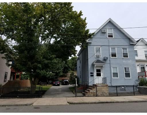 Maison avec plusieurs logements pour l Vente à 22 Louis Street Chelsea, Massachusetts 02150 États-Unis