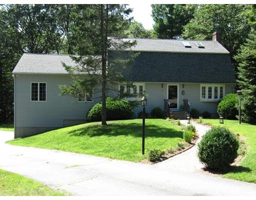 Casa Unifamiliar por un Venta en 12 Cyndy Lane 12 Cyndy Lane Millbury, Massachusetts 01527 Estados Unidos