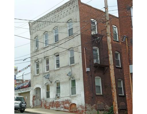 多户住宅 为 销售 在 85 Jackson Street Holyoke, 马萨诸塞州 01040 美国