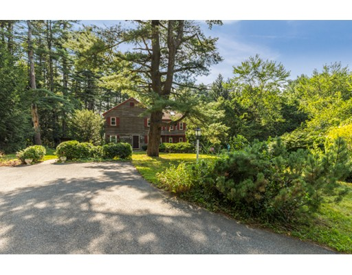 Casa Unifamiliar por un Venta en 173 Hill Road Groton, Massachusetts 01450 Estados Unidos