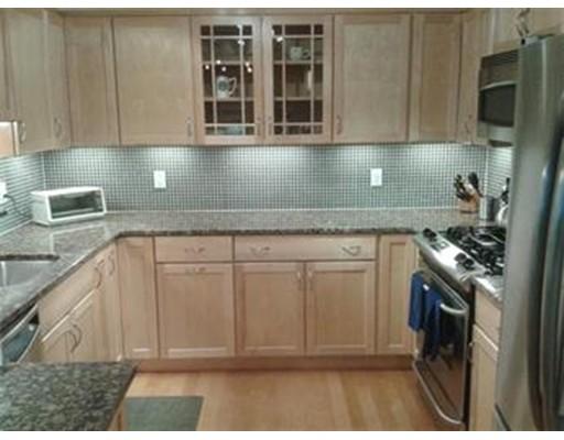 独户住宅 为 出租 在 1500 Worcester Road 弗雷明汉, 马萨诸塞州 01702 美国
