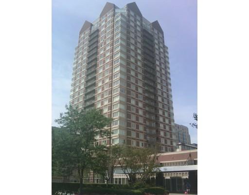 共管式独立产权公寓 为 销售 在 8 Museum Way 坎布里奇, 马萨诸塞州 02141 美国